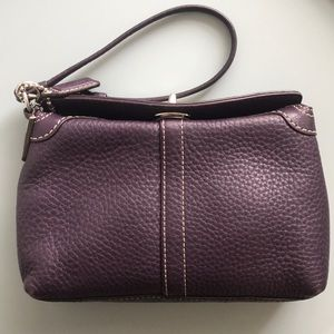Coach wristlet in pebbled leather